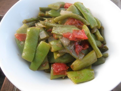 Italian Flat Beans with Fresh Tomatoes | The Levantess